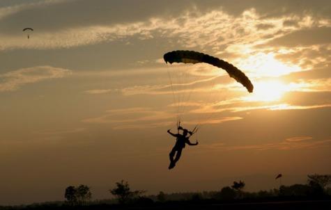 Photo credit: www.skydivepennridge.com